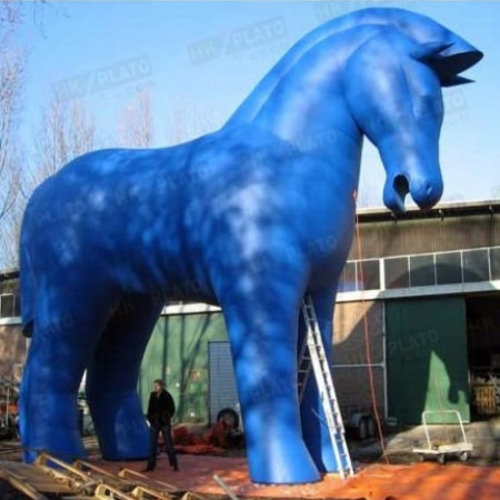 Grand cheval gonflable personnalisable sur mesures