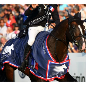Couverture chemise remise des prix concours cheval équitation présentation